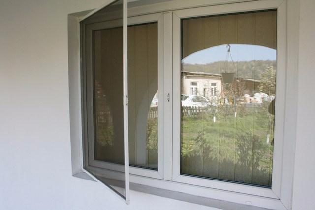 אדיר רשת נגד יתושים לחלון, למרפסת כולל התקנה במבצע החודש |CARE4HOME BB-71